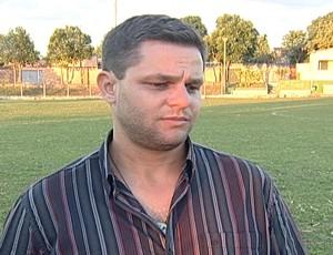 Segundo Erick Moura, diretor de futebol, equipe precisa de elenco competitivo (Foto: Reprodução/TV Integração)