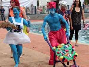 Banho à Fantasia trouxe criatividade ao carnaval de Poços de Caldas  (Foto: Jéssica Balbino/ G1)