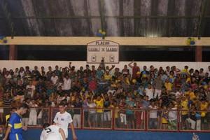 Verona e AABB no ginásio Ruinet Lima de Matos, em Tarauacá (Foto: Gilson Amorim/Arquivo Pessoal)