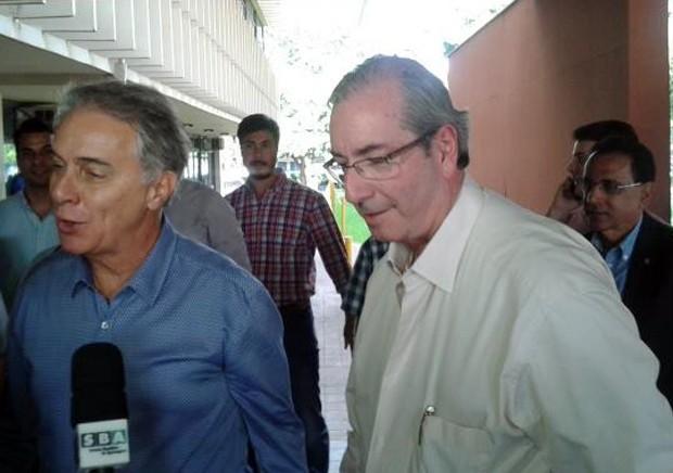 O presidente da Câmara, Eduardo Cunha (à direita), ao lado do deputado federal Marcos Montes (Foto: Alex Rocha/G1)