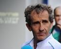 """""""Uma disputa de título entre Hamilton, Nico e Vettel melhoraria a F1"""", diz Prost"""