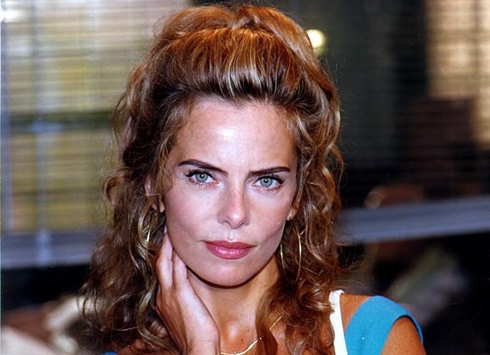 Bruna Lombardi encantava o público com a sensualidade de sua personagem (Foto: Cedoc / TV Globo)