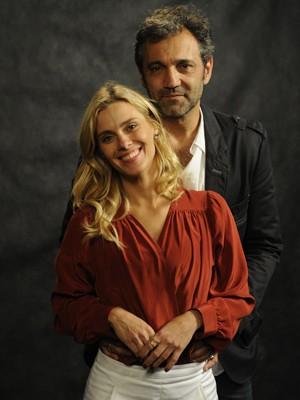 Dupla vive par romântico na TV e mostra ter muita afinidade  (Foto: (Foto: Renato Rocha Miranda / TV Globo))