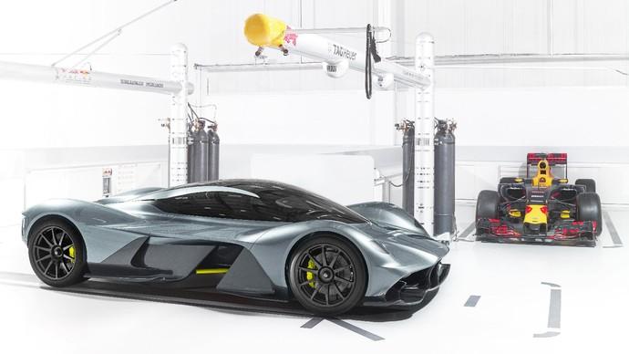AM-RB 001, novo carro da Aston Martin em conjunto com a RBR (Foto: Divulgação)