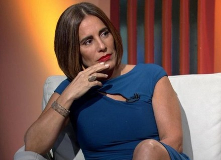 Gloria Pires participa de 'Tá no Ar' comentando outro tipo de premiação