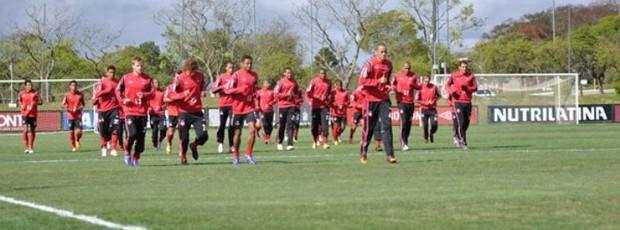 Time do Atlético-PR treina no CT do Caju (Foto: Divulgação/Site oficial do Atlético-PR)