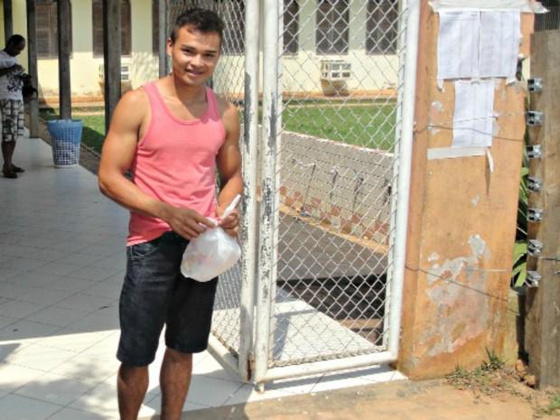 ENEM 2015 - CRUZEIRO DO SUL -AC DOMINGO (25) Kartejaneson Ashaninka (Foto: Adelcimar Carvalho/G1)