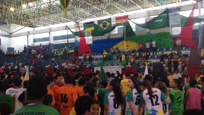 Festa de abertura dos Jogos Escolares 2014 reúne grande número de estudantes no Amapá (Foto: Gabriel Penha/GE-AP)