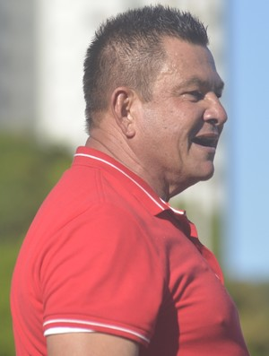 Orlando da Hora, técnico do Doze (Foto: A Gazeta)