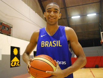 Lucão, do São José basquete (Foto: Marcos Guerra)