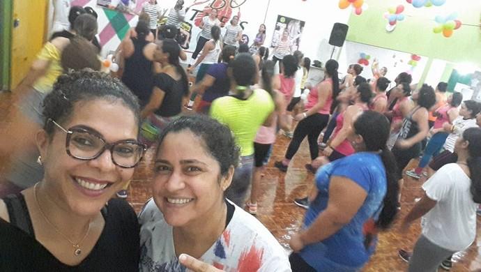 Zumba é um dos esportes que Márcia Melo pratica, após tratamento contra câncer (Foto: Márcia Melo/ arquivo pessoal )