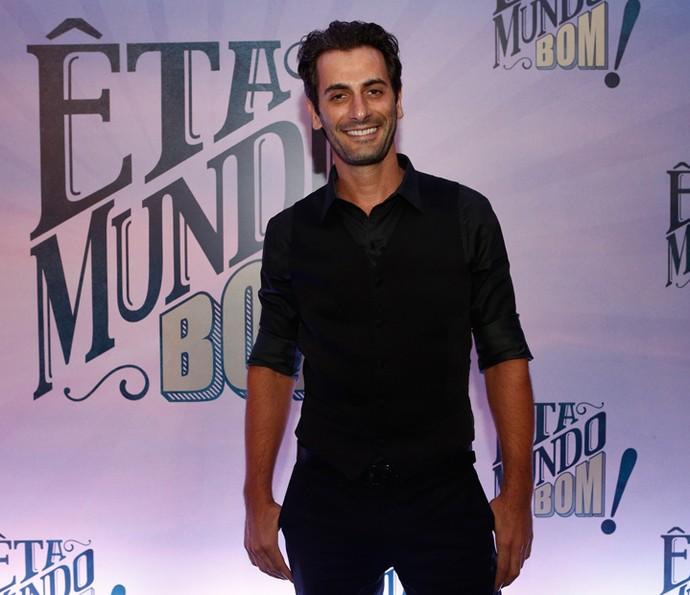 Flávio Tolezani vai viver o charmoso Araújo em 'Êta Mundo Bom!' (Foto: Inácio Moraes/Gshow)