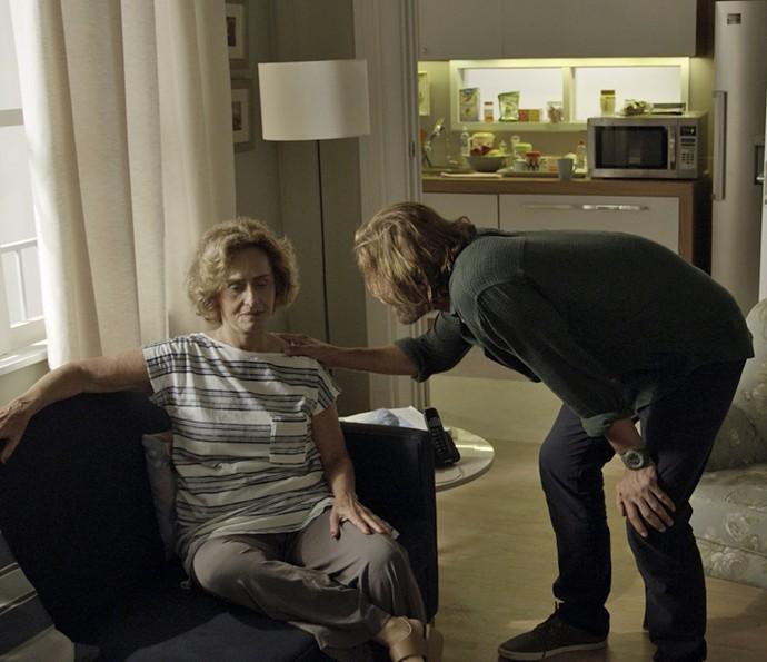 Silvia entrega que segredo de Ciro (Foto: TV Globo)