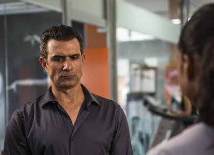 Bárbara deixa Joana em saia justa na frente de Tânia e Ricardo