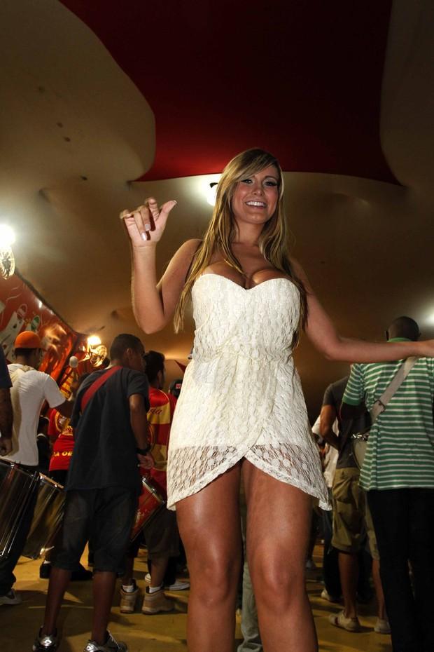 Andressa Urach em noite de samba (Foto: Fotos Paduardo/ AgNews)