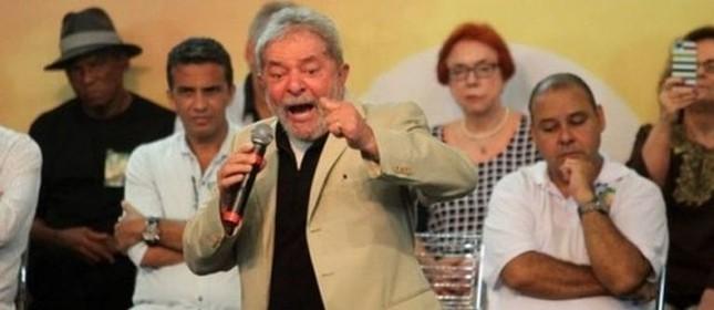 Lula no ato da ABI (Foto: Marcos de Paula / Estadão)