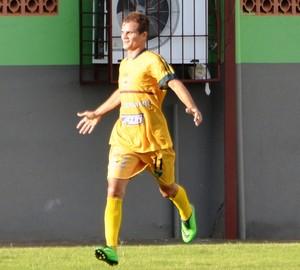 Zagalo, atacante Galvez (Foto: Duaine Rodrigues)