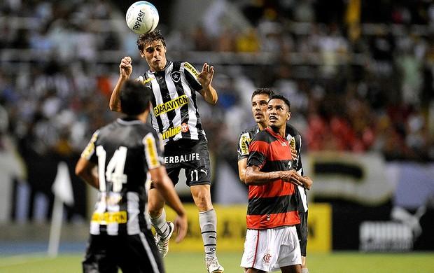Fellype Gabriel na partida do Botafogo contra o Flamengo (Foto: Fernando Soutello / Agif)