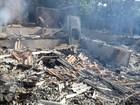 Homem morre carbonizado dentro de casa incendiada em Costa Marques