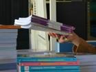 Prefeitura manda tirar trechos de livros escolares com união entre gays