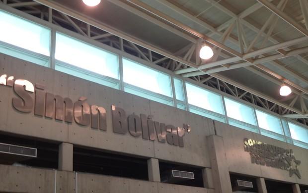 Aeroporto Simón Bolívar em Caracas (Foto: Hector Werlang/Globoesporte.com)