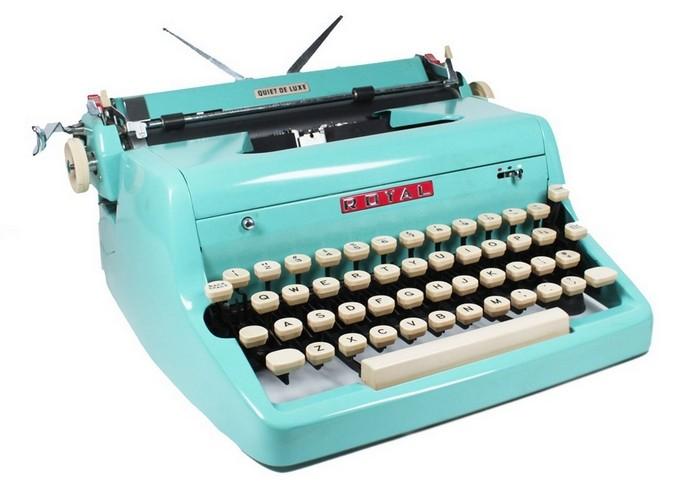 Máquina de escrever com teclado QWERTY (Foto: Divulgação/Royal)