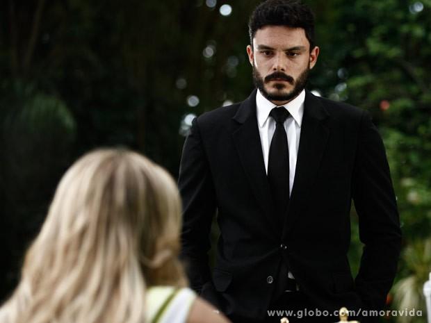 Maciel conta sobre acidente de Atílio (Foto: Pedro Curi/ TV Globo)