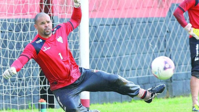 Márcio, goleiro do Atlético-GO (Foto: Wildes Barbosa/O Popular)
