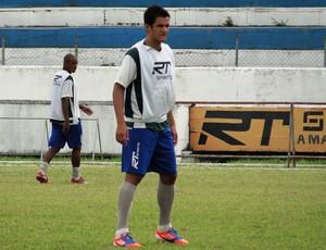 Bruno Chorão treina no Taubaté (Foto: Arthur Costa)