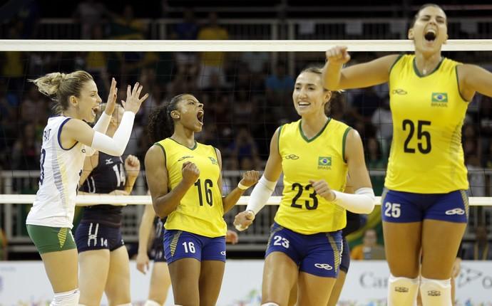 Camila Brait Fernanda Garay Barbara Mari Paraiba volei Brasil Pan Toronto (Foto: AP)