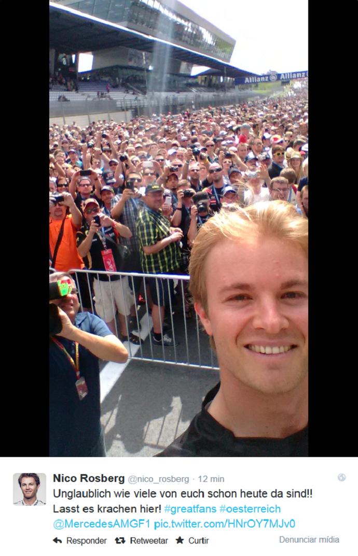 Nico Rosberg faz selfie no GP da Áustria (Foto: Reprodução/Twitter)