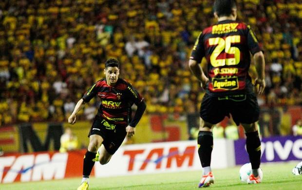 Cicinho e Gilsinho no Sport (Foto: Wágner Damásio/ Divulgação Sport)