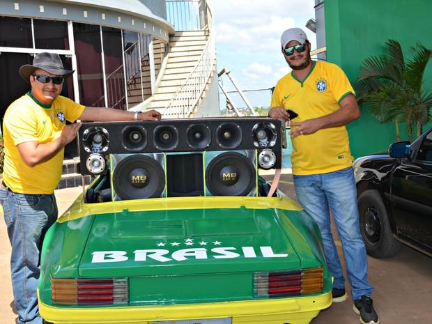 Carro Brasil (Foto: Tácita Muniz/G1)