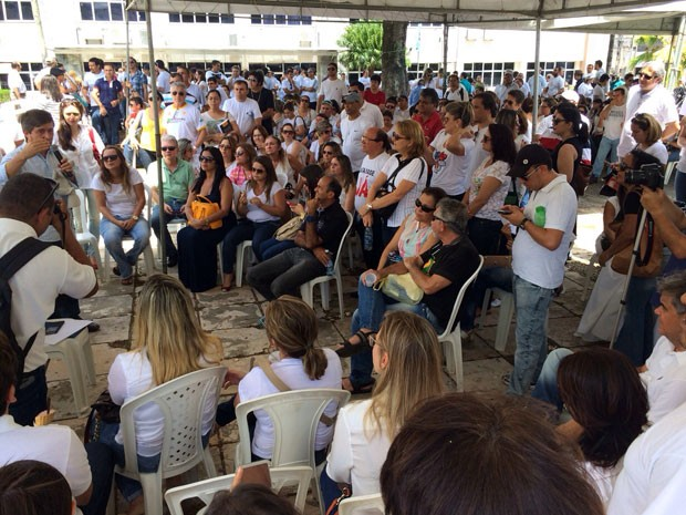 Assembleia que decidiu pelo adiamento da greve do TJ foi realizada nesta quarta (Foto: Matheus Magalhães/Inter TV Cabugi)