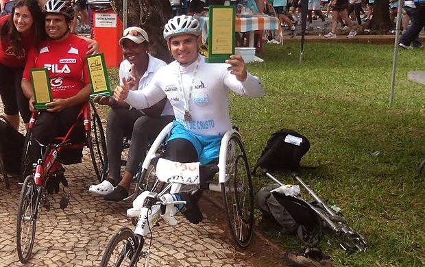 Israel Cruz Jackson de Barros cadeirante corrida entrevista (Foto: Divulgação / Arquivo Pessoal)