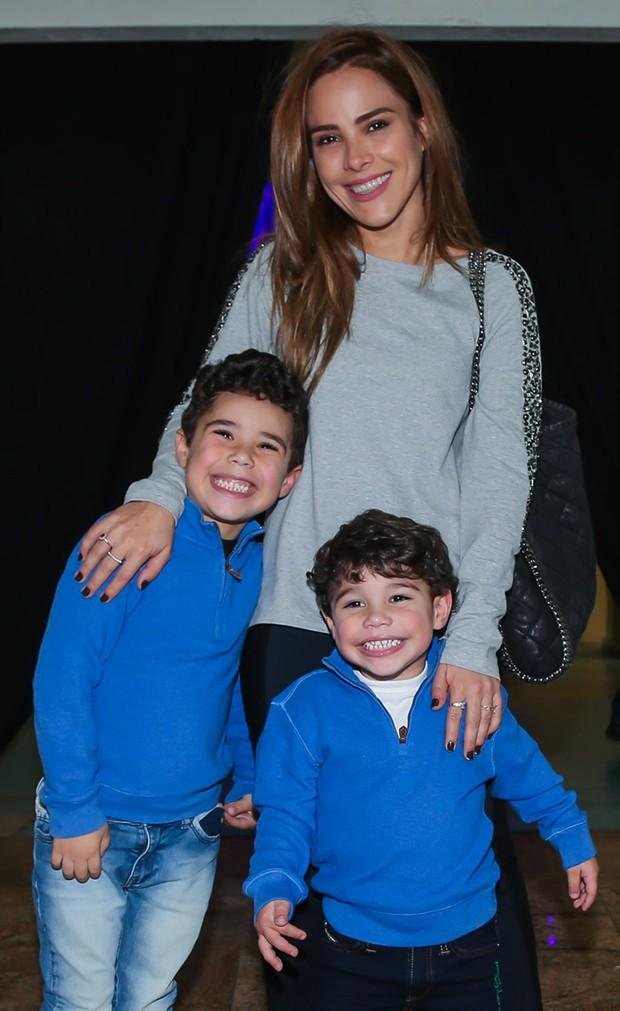 Wanessa Camargo com os filhos, José Marcus e João Francisco (Foto: Manuela Scarpa/Brazil News)
