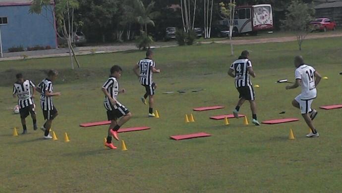 Jogadores do São Raimundo fazem treinamento físico e só terão folga no domingo (Foto: Divulgação/ São Raimundo F.C)