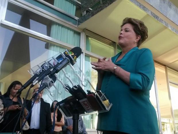Dilma em coletiva de imprensa no Palácio do Alvorada (Foto: Felipe Néri)