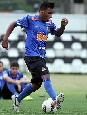 Joshua filho de Pelé (Foto: Pedro Ernesto Guerra Azevedo/Divulgação Santos FC)