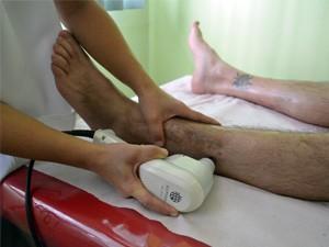 Técnica também utiliza tecnologia japonesa contra dores crônicas. (Foto: Lucas Soares / G1)