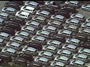 estoque de carros de montadoras (Foto: Reprodução / TV Globo)