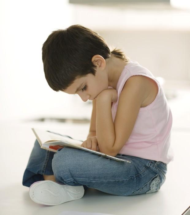 Aluna estudando (Foto: Thinkstock)