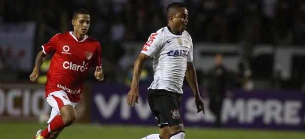 Jorge Henrique Corinthians x Mogi Mirim (Foto: Marcos Bezerra / Ag. Estado)