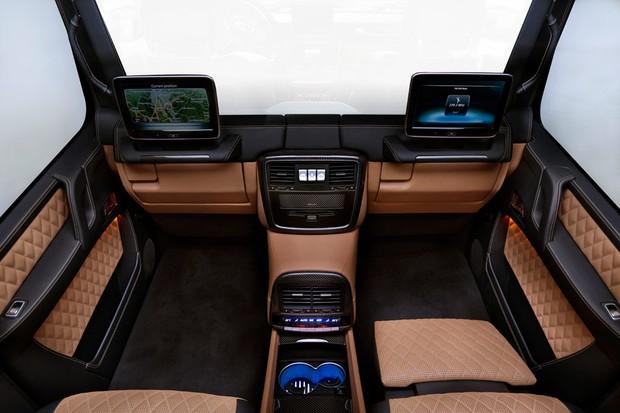 Divisória de vidro da cabine do G 650 Landaulet pode ficar opaca ao toque de um botão (Foto: Divulgação)