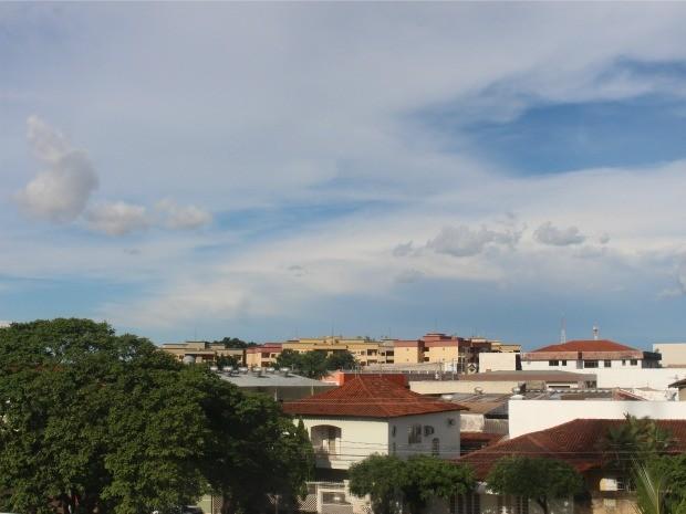 Céu de Campo Grande na tarde deste domingo (28) (Foto: Adriel Mattos/G1 MS)