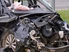 Policial militar ferido em acidente que arrancou motor de carro segue na UTI