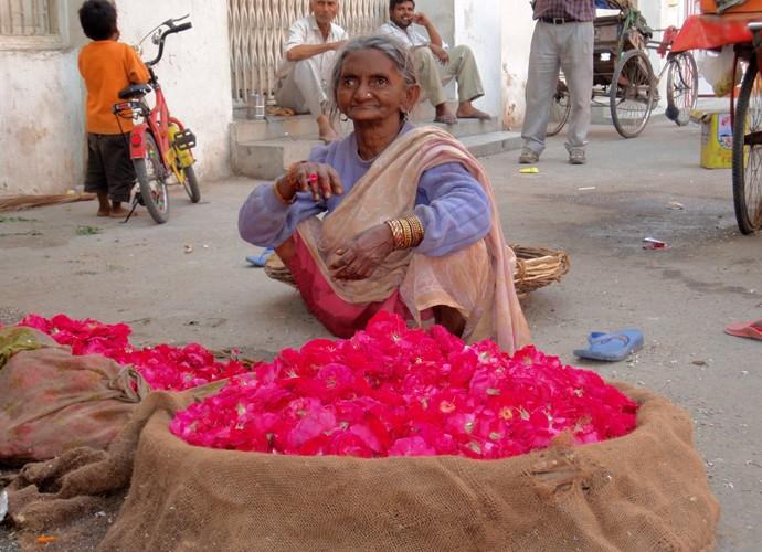 Mulher indiana em um mercado popular (Foto: Cacau Melo / Arquivo Pessoal)