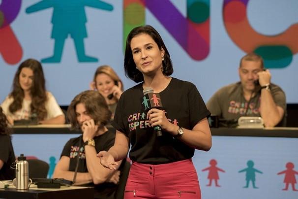 A jornalista Caroline Ribeiro, do CETV 1ª Edição, está na cobertura do Dia da Esperança. (Foto: Globo)