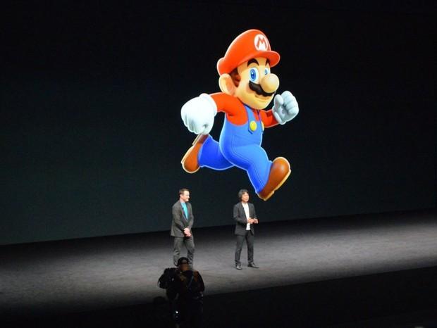 Mario Bros em evento de lançamento do iPhone 7 (Foto: reprodução/instagram)