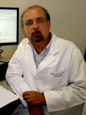 Professor Elizeu LabDNA UERJ (Foto: Divulgação)